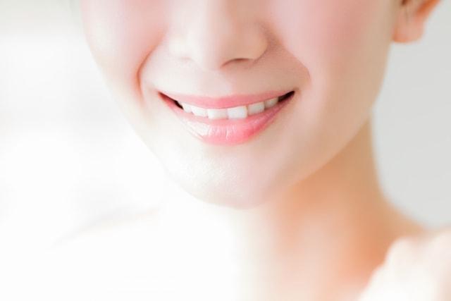 歯のきれいな女性
